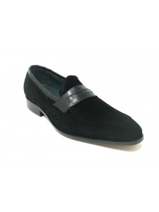 Men's Slip-On Shoes by Carrucci - Penny Loafer / Suede Black