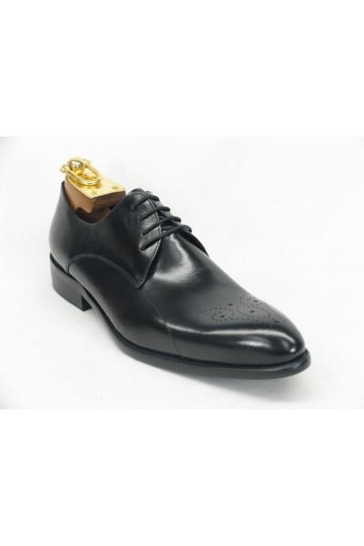 Men's Lace-Up Shoe by Carrucci - Black Oxford